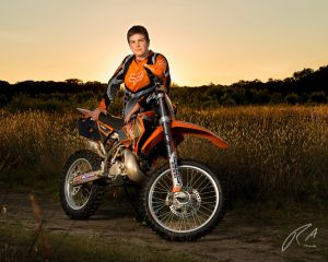 Robert Akers Photography Senior Portrait with motorcycle
