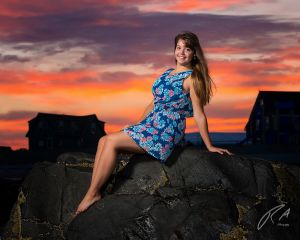 Robert Akers Photography Senior Portrait at sunset