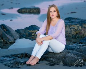 Robert Akers Photography Senior Portrait on a Maine Beach